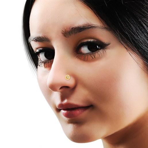 The Romance Flora Nose Pin